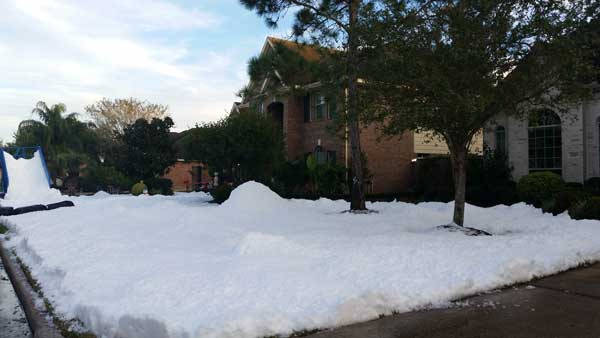 Snow In Houston Neighborhood